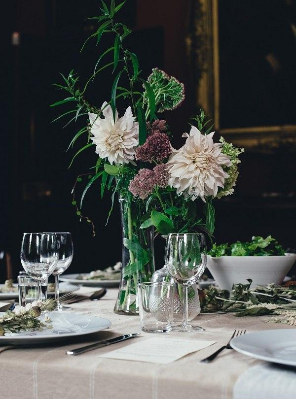 Decorazione tavolo con vasi
