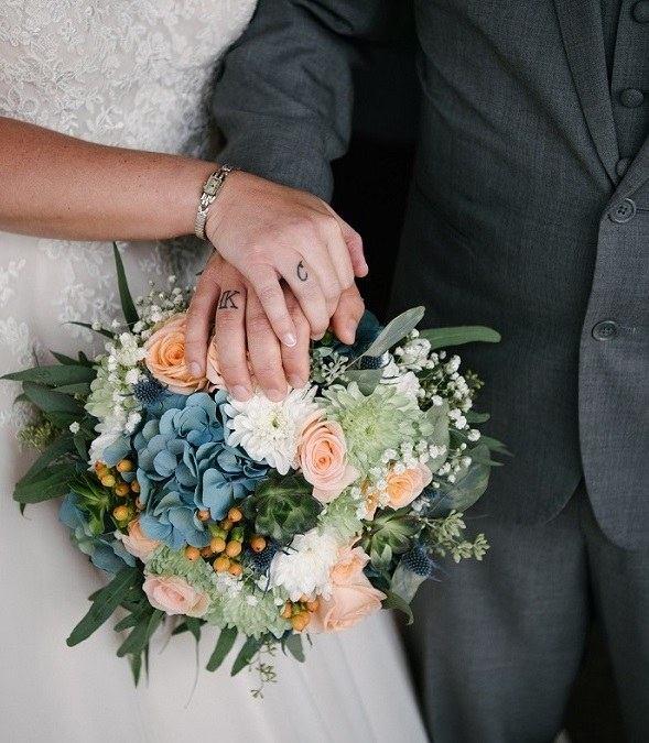 fiori sposa azzurri