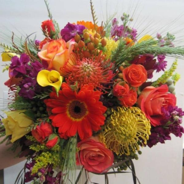 angolo-fiorito-pisa-negozio-online-mazzo-fiori